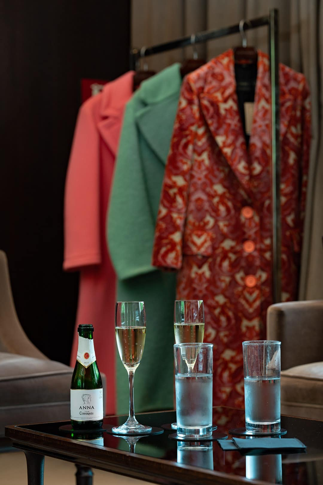 BURBERRY'S VIP FITTING ROOM champagne