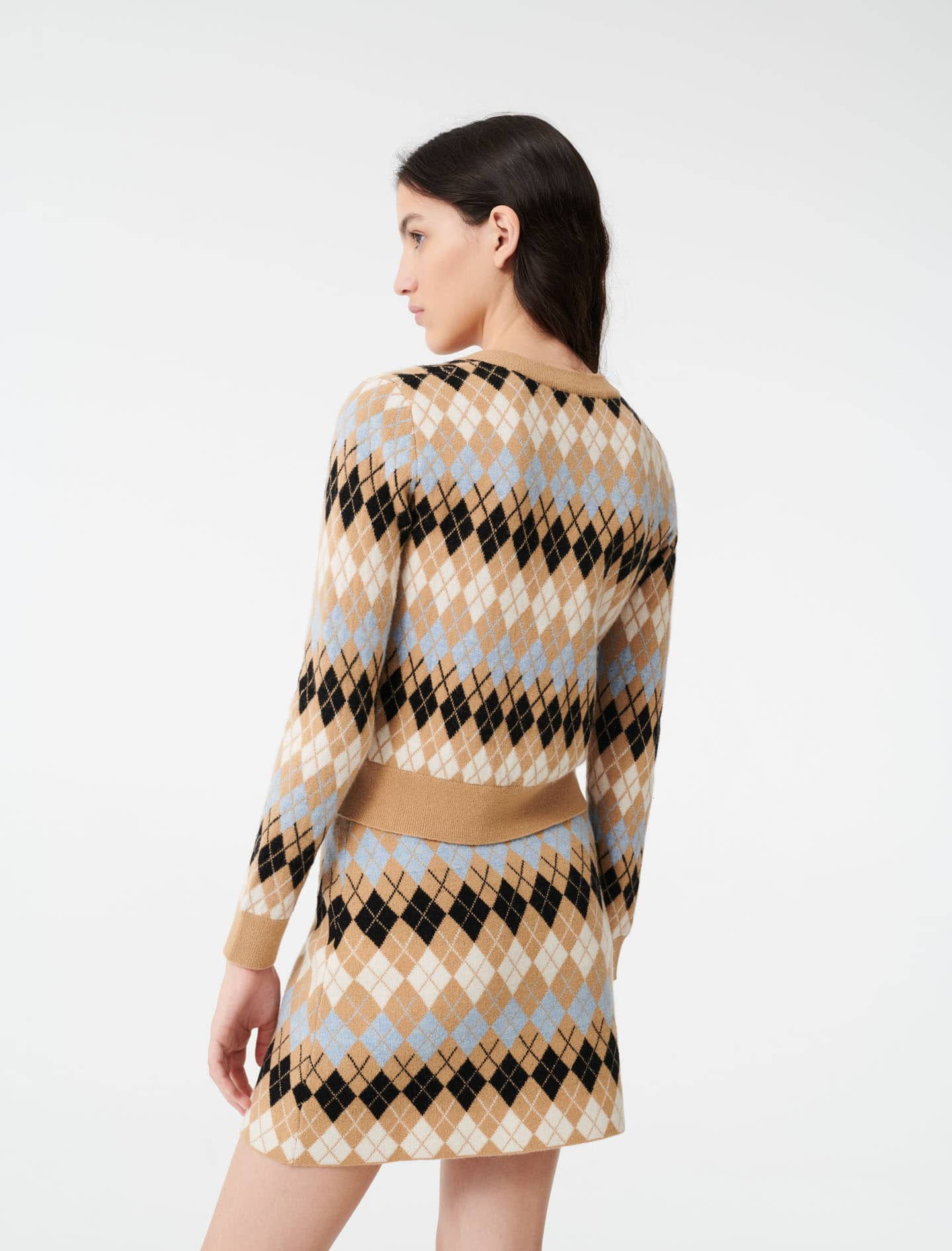 girl in argyle knitted set