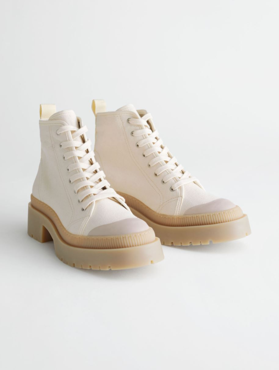 Chunky beige boots