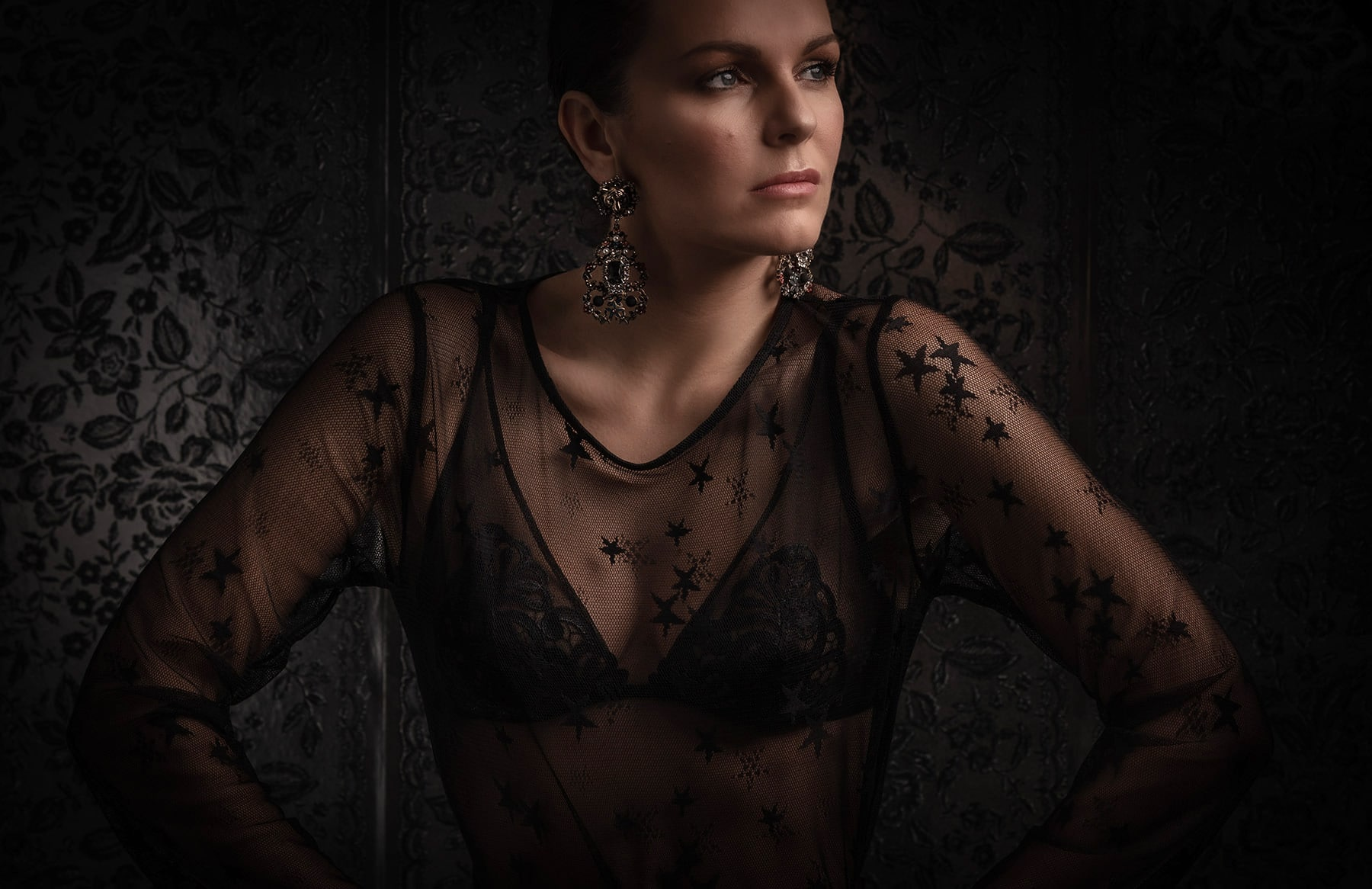 woman in lace top and bra