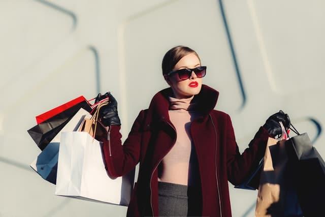 Posh girl shopping